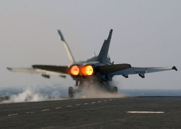 800px-FA18_on_afterburner